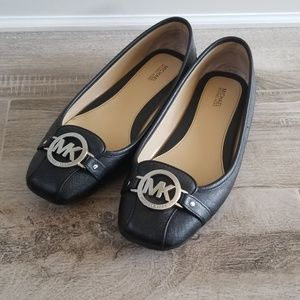 Michael Kors leather ballerina